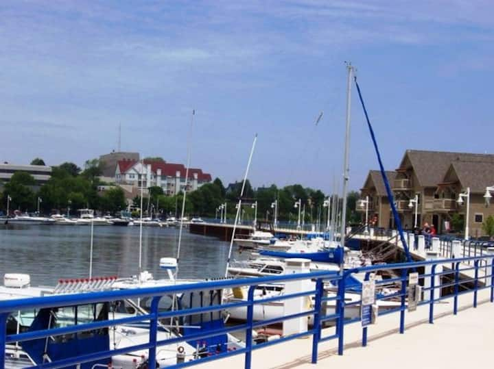 Luxury River Condo in Historic District Sheboygan