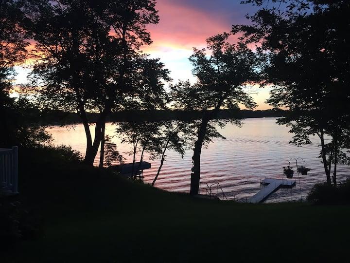 Lake Minnebelle Cabin Retreat in Litchfield  MN