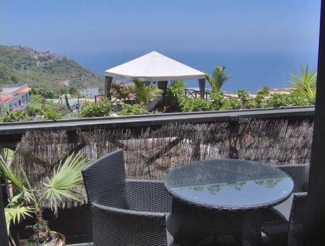 Ferienwohnung/App. für 2 Gäste mit 45m² in Icod de los Vinos (95419)