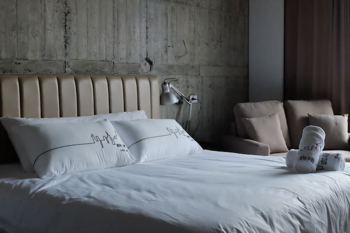 Coffeeloft-咖啡工寓 #Room201