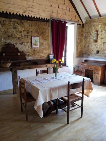 Chambres d'hôtes avec piscine à Aubarède - Aubarède - Hotel ekologiczny