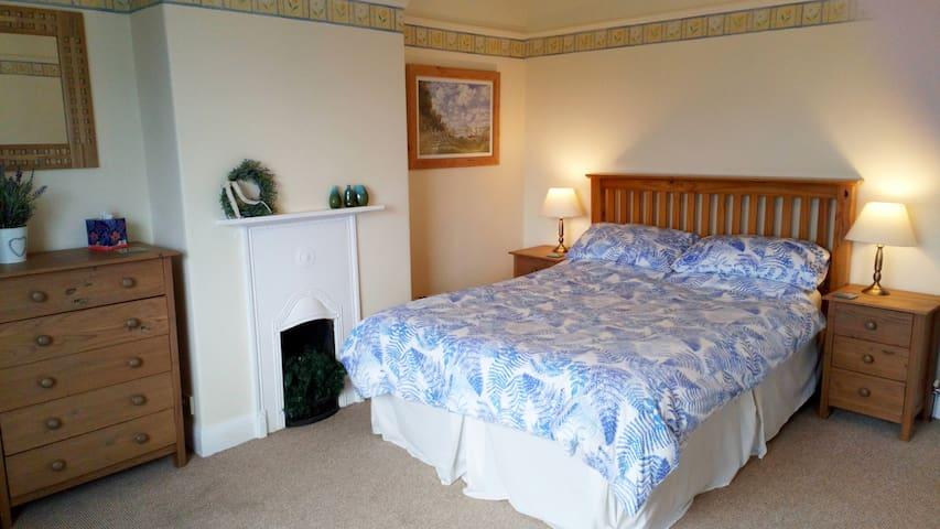 Comfy, dog-friendly base to enjoy North Wales