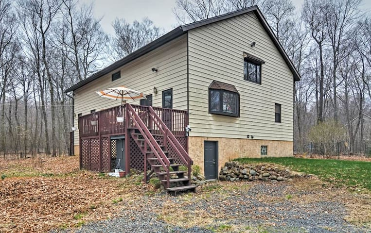 Serene 4BR Long Pond House w/Wifi - Long Pond