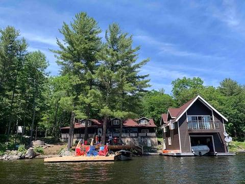Beautiful Lake Rosseau Cottage