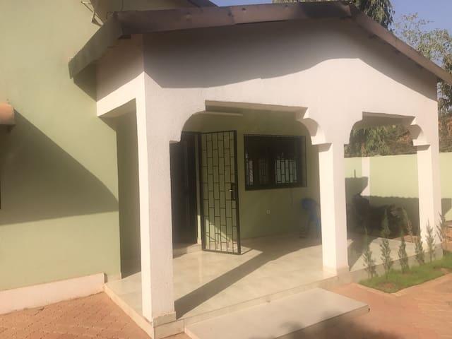 Bien propre calm bien situer - Ouagadougou - Maison
