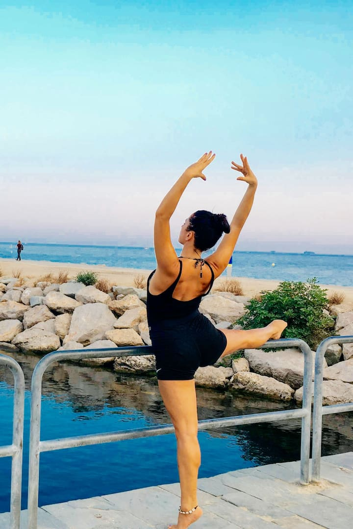 Ballet Fit & inhaling  sea air !
