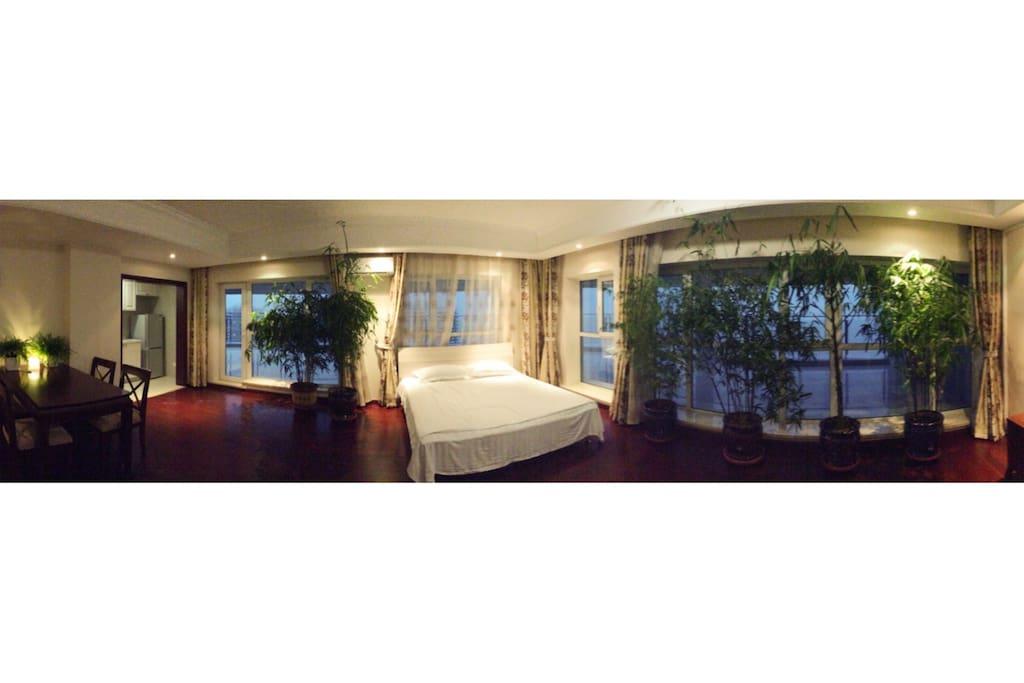 客厅也是半开放的卧室之一