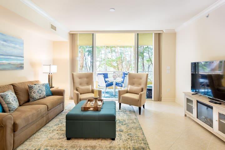 Luxury Naples Condo - Ritz Carlton Golf Resort