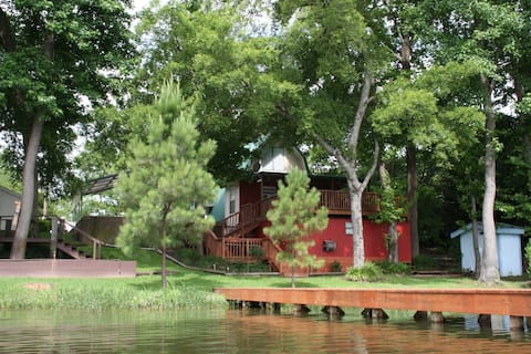 Vildanden Cottage on Lake Winnsboro
