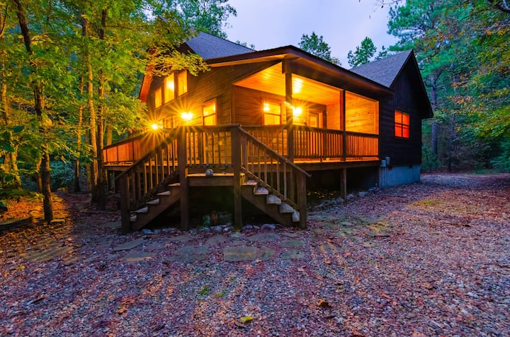 """""""Forest Echo Cabin"""""""