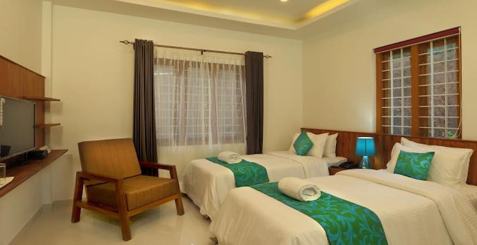 Deluxe Twin room at L&G RVH - Idukki - Apartamento