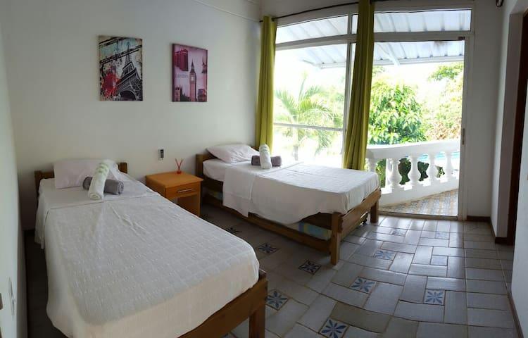 CORAL HOUSE HABITACION 1 HUESPED CAMA SENCILLA - 聖安德烈斯(San Andrés) - 度假屋