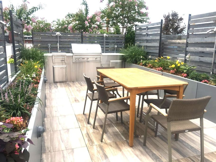 Rooftop - BBQ Grill