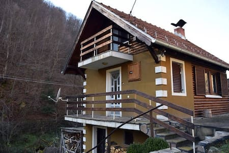 Mountain apartment for 4ppl - Crni Vrh