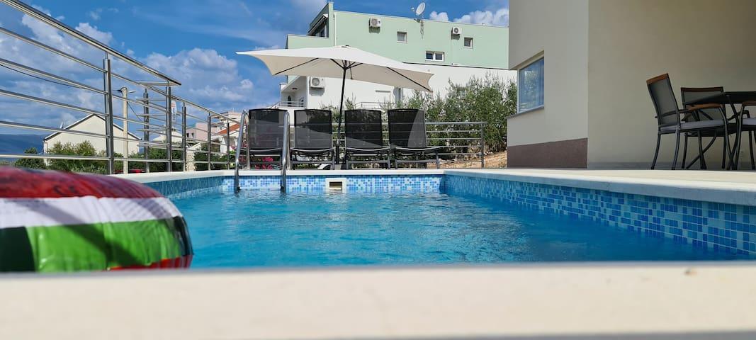 Villa Aninka, first floor apartment, 4/5
