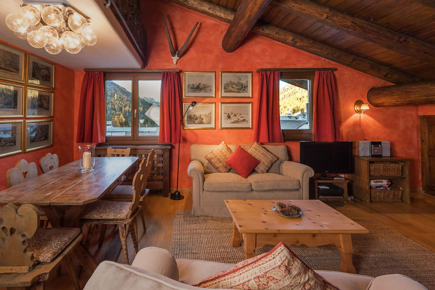 COSY AND ROMANTIC GETAWAY IN THE HEART OF THE ENGADINE VALLEY