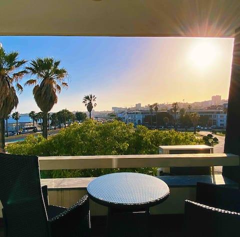 VISTA AL MAR con balcón a 2 minutos a pie de la playa y el casino
