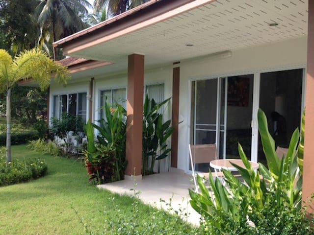 House 2 Bedrooms / Lipa Noi / Near Beach - Ko Samui - Casa