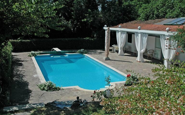 Villa Sottopoggio 10 - Empoli (halfway between Florence and Pisa) - Empoli - Dom