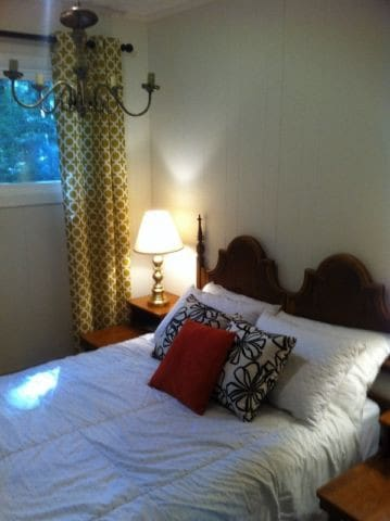 Two cozy bedrooms