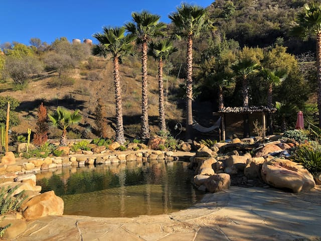 Malibu Horse Ranch 2 Bedroom with Rock Pool