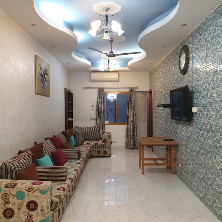 Cozy Fully Furnished 1-Bedroom Apartment Alkhuwair