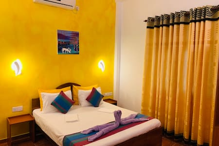 Sam's Guest House-  Last Room 25% Off