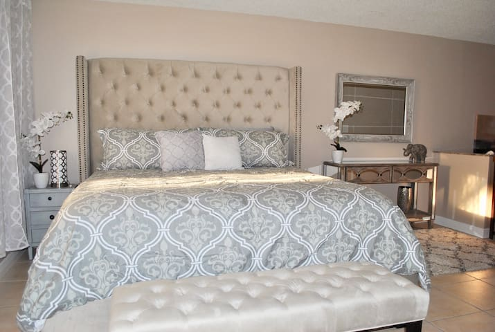 Pure Elegance! Your Home Away From Home!