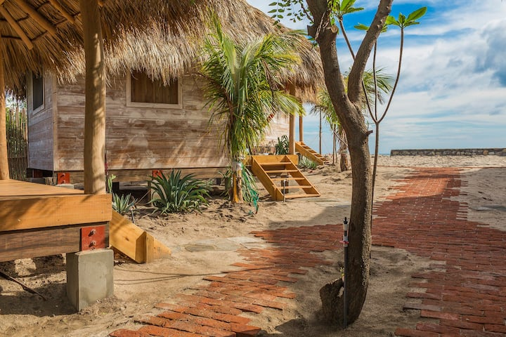 SUYO, Beach Cabaña #6, Playa Popoyo