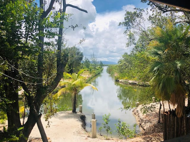 Caribbean Pines - serene, private waterfront cabin