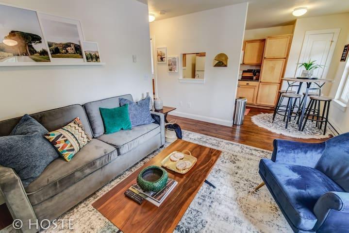 1BR*Old Colorado City Mid-Term & Corporate Rental