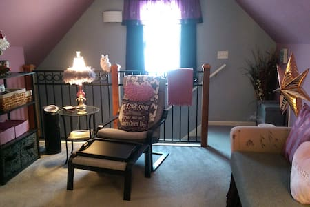 "The ""Promised Lands"" in Woodstock, IL - Woodstock - Appartement"