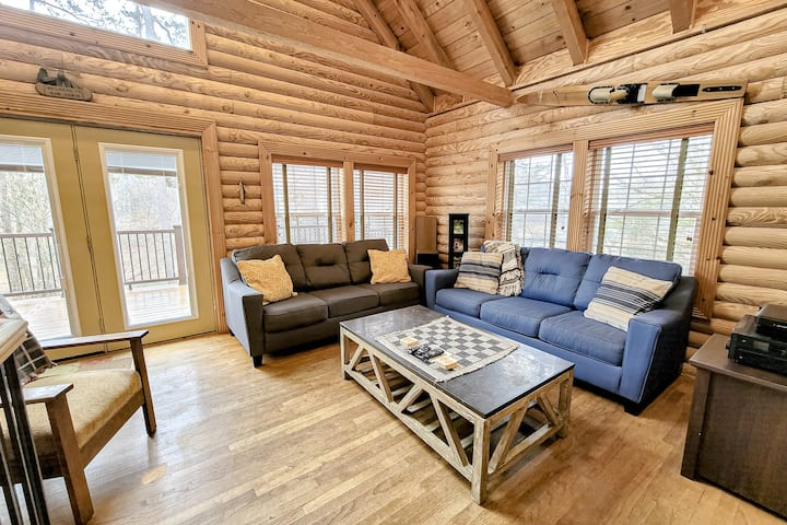Dog-Friendly, Lakefront Cabin for the Whole Family w/ a Private Hot Tub & Dock