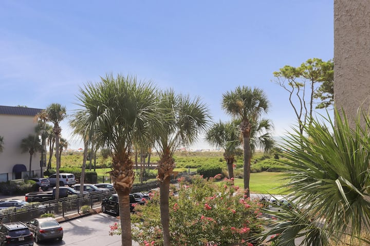 Ocean views from this 1BR villa on South Forest Beach! Best Beaches on HHI!