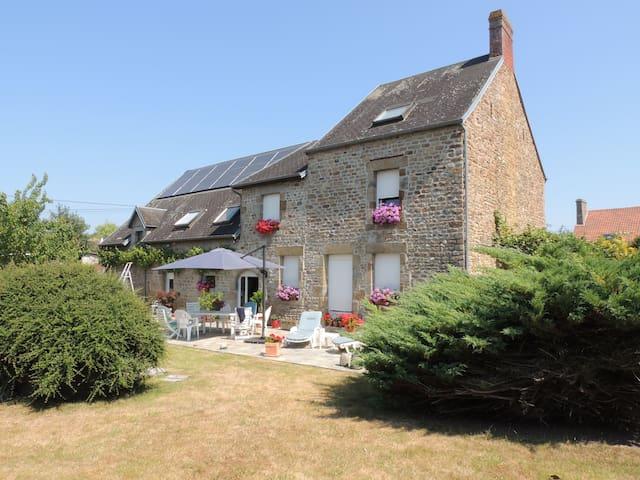 Chez Christian et Fanfan - Le Val-Saint-Père - Lägenhet