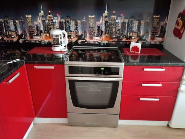 Уютная квартира в новом квартале Лондон ждет Вас! - Kudrovo - Daire