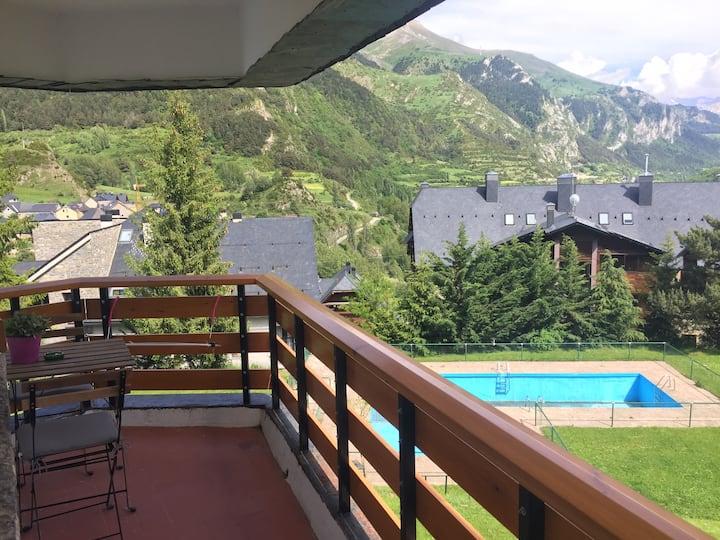 Apartamento con vistas en Sallent; reformado, WIFI