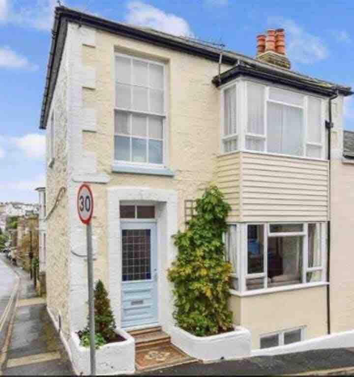 Spacious character house Ventnor Isle of Wight.