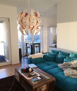 Charming apartment near Kudamm/Messe - Berlin
