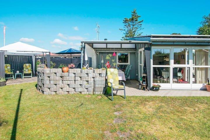 Großzügiges Ferienhaus mit Garten in Jütland