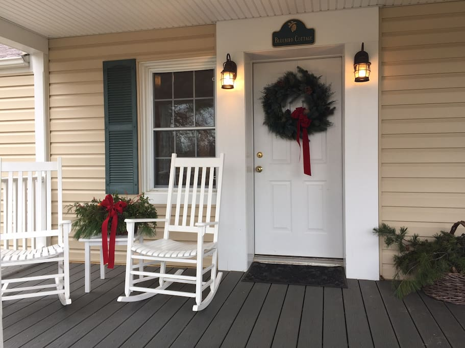 The cottage is a great place to spend a cozy holiday!