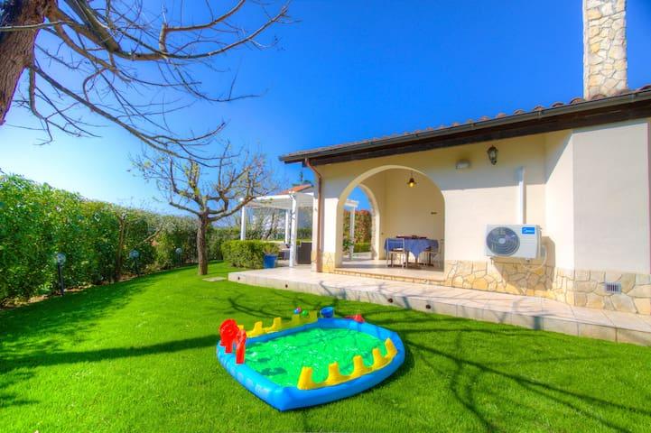 3 bedrooms 3 bathrooms Solarium BBQ WiFi Laundry - Formia - Villa