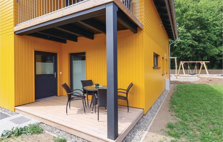 Holiday cottage with 4 bedrooms on 90m² in Thale