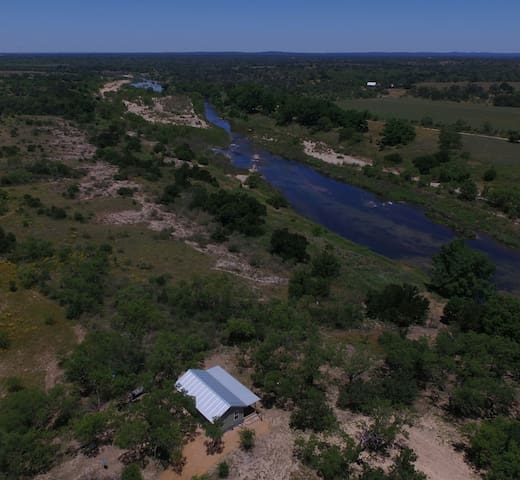 Beautiful Llano River Front Cabin near Castell.