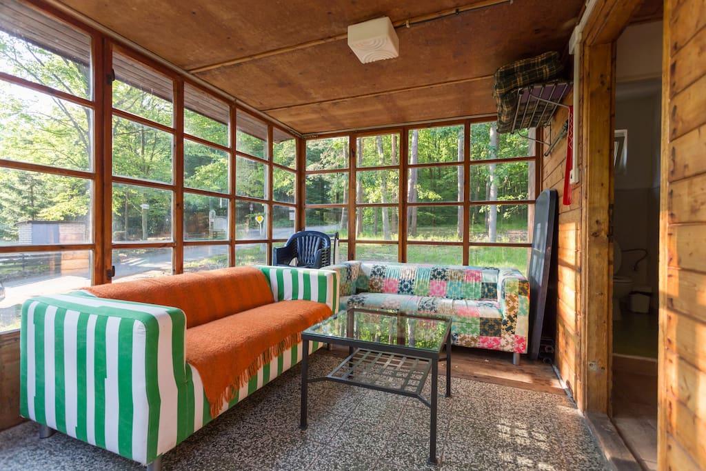 Chata U lesa - prosklená veranda