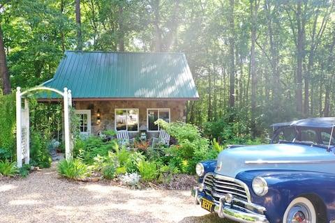 Gardener's Woodside Cottage