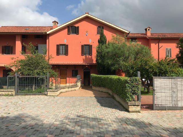 Borgo Torlonia