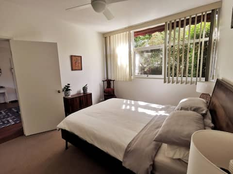 Modern, urban apartment in vibrant district