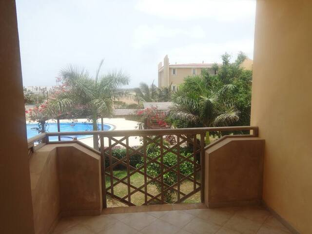 Tropical 2 bed apartment  - Tropical Apartment F 1/2