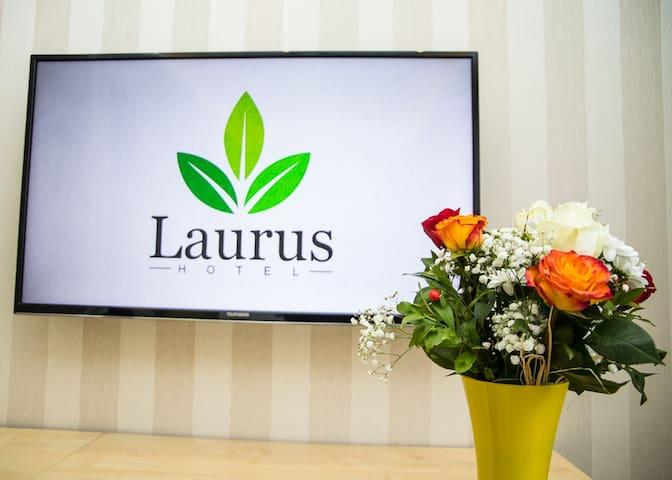 Laurus Motel - Tuzla Aerodrom